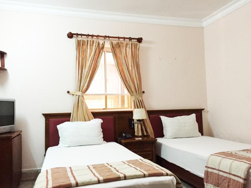 Phòng 2 giường 1m2